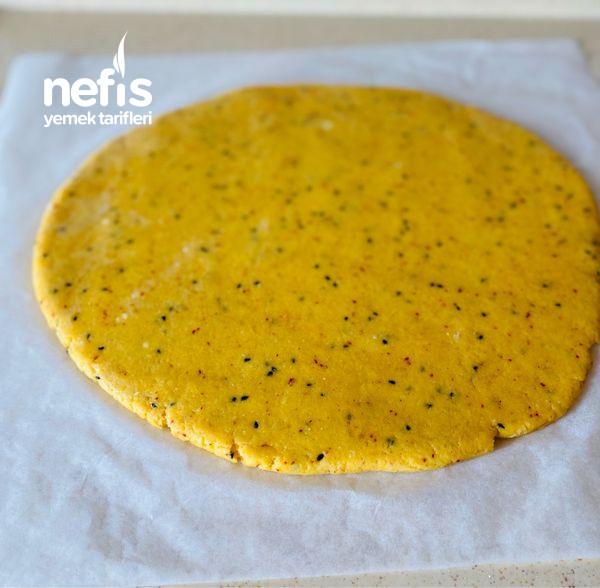 Sıvı Yağlı Baharatlı Ve Peynirli Mısır Unlu Tuzlu Kurabiye