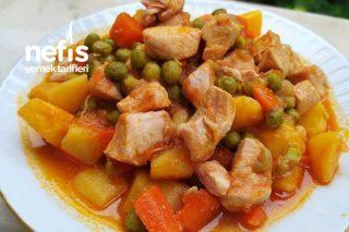 Tavuklu Havuçlu Patatesli Bezelye Yemeği Tarifi