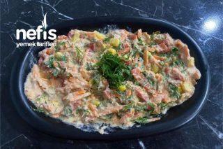 Ton Balığı Salatası (Ton Balığı Sevmeyenler İçin) Tarifi