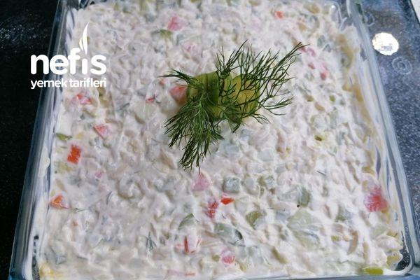 Kabaklı Şehriye Salatası