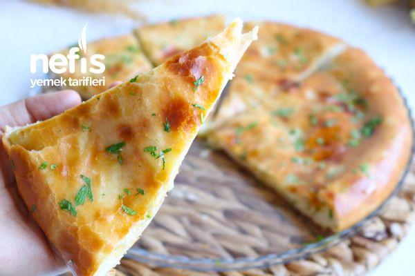 Lezzetli Peynirli Patatesli Ekmek (Videolu)