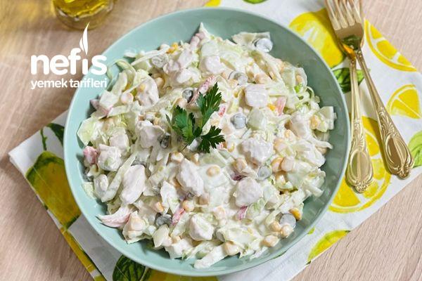 Tavuklu Göbek Marul Salata