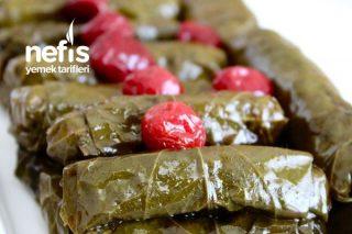Osmanlı Mutfağından Vişneli Yaprak Sarması Mükemmel Bir Lezzet Tarifi