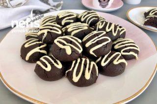 Kakaolu Islak Kurabiye (Sütlü Pişmeyen Şerbet İle) Tarifi