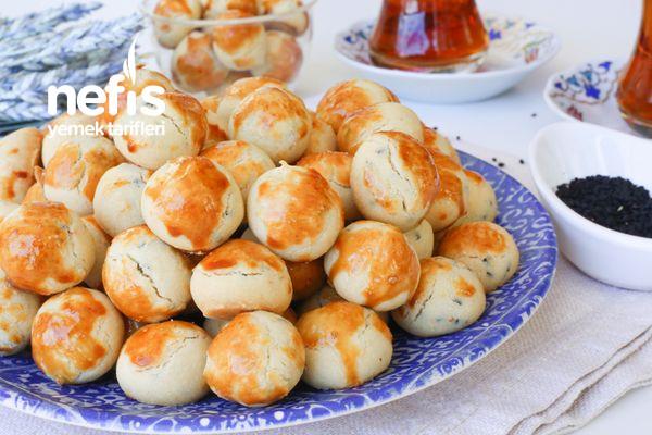 Tek Lokmalık Kıyır Kıyır Çörek Otlu Kurabiye (videolu) Tarifi