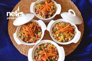 Tavuklu Yıldız Şehriyeli Salata (Salata Severler Deneyin Diyorum Mutlaka Bol Ekşili ) Tarifi