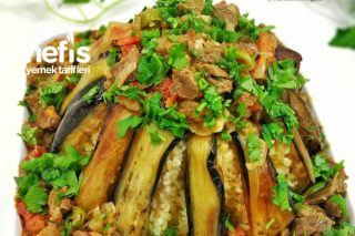 Patlıcan Mantolu Etli Bulgur Pilavı Tarifi