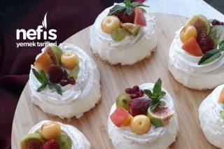 Ünlü Rus Pastası (Pavlova) Tarifi