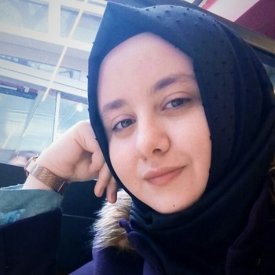 Esra Bayat