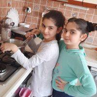 İkizler Mutfakta