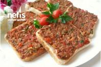 Lahmacun Tadında Ekmek Dilimleri