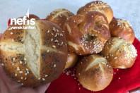 kahvaltilik ekmek ( bretzel)