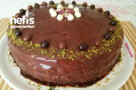 Antep Fıstıklı Çikolatalı Nefis Doğum Günü Pastası