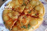 Kahvaltılık Patatesli Omlet Börek