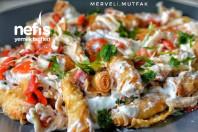 Çıtır Yufkalı Tavuklu Salata ( Nefis Gün Salatası )