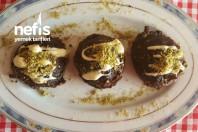 Çikolatalı Ve Fındıklı Helva ( Islak Kurabiye Lezzetinde Muhteşem Bir Tat )