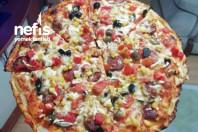 Tarifi Pizzacıdan Ev Pizzası