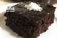 Sosunda Çikolata Olan Islak Kek -6
