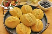 Akşamdan Yoğurup Sabah Pişirebileceğiniz Küçük Ekmekler (Brötchen)