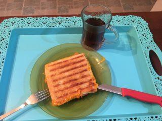 Milföy Tost ( Börek Tadında ) nyt-up-4793012_5425de6f8eaa6e16204987378