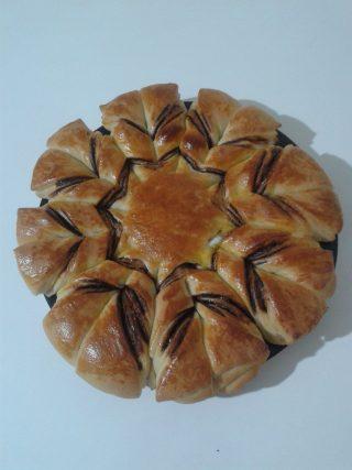 Nutellalı Çiçek Ekmek nyt-up-189744_1015e891c9e767f3055880134