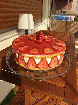 Çilekli Pasta (Yok Böyle Lezzet) nyt-up-1866818_475eaed877820c5193826683